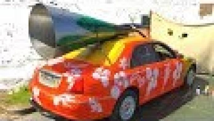 Der lauteste Auto-Auspuff der Welt - Scrimp my Ride