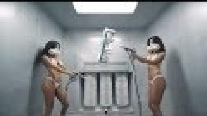 Man braucht sieben sexy Frauen zum Bau einer Forgiato Felge