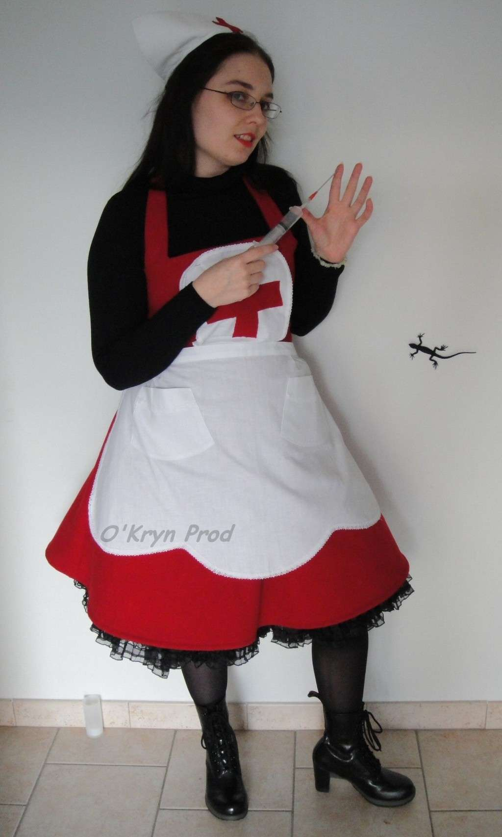 robe burda 8174 infirmière pochette couture sewing pattern nurse dresse