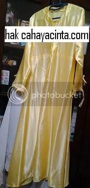 ini salah satu dari 5 helai jubah siap..
