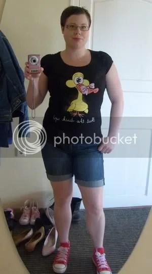 Tröja: Seppälä, Shorts: Avklippta jeans från GinaTricot