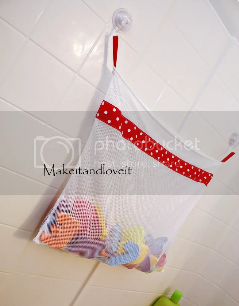 DIY Mesh Bath Toy Bag from Make It and Love It