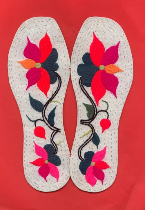 Embroidered Insoles With Rich Meanings Interact China
