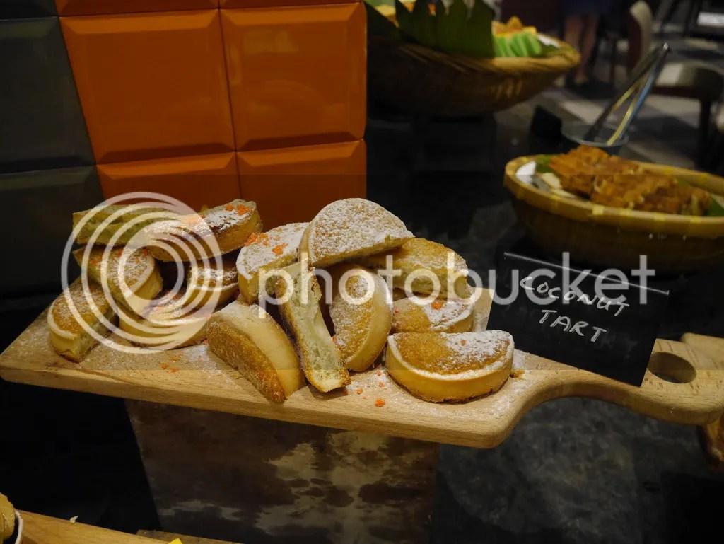 J65 Hotel Jen Tanglin coconut tart desserts