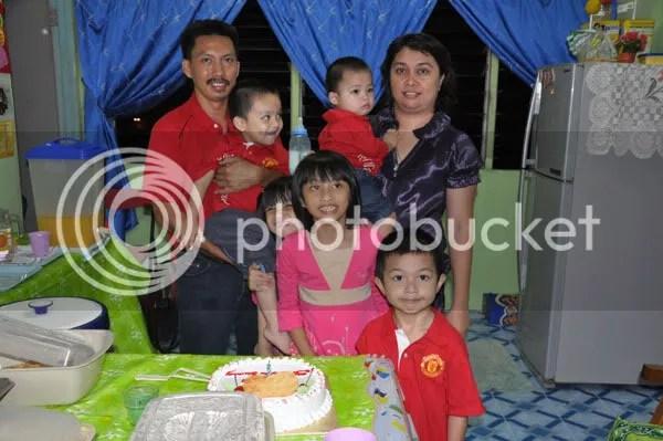 Abang Kimbun Family
