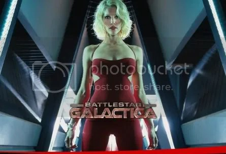 Tricia Helfer is so sexy! - BSG Season 4