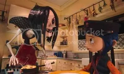 Coraline and her other mother who's got buttoneyes - Coraline Movie