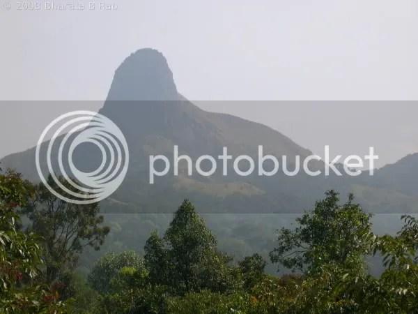 Ettina Bhuja peak