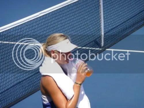 https://i2.wp.com/i467.photobucket.com/albums/rr35/duymanvu/Sharapova_4.jpg