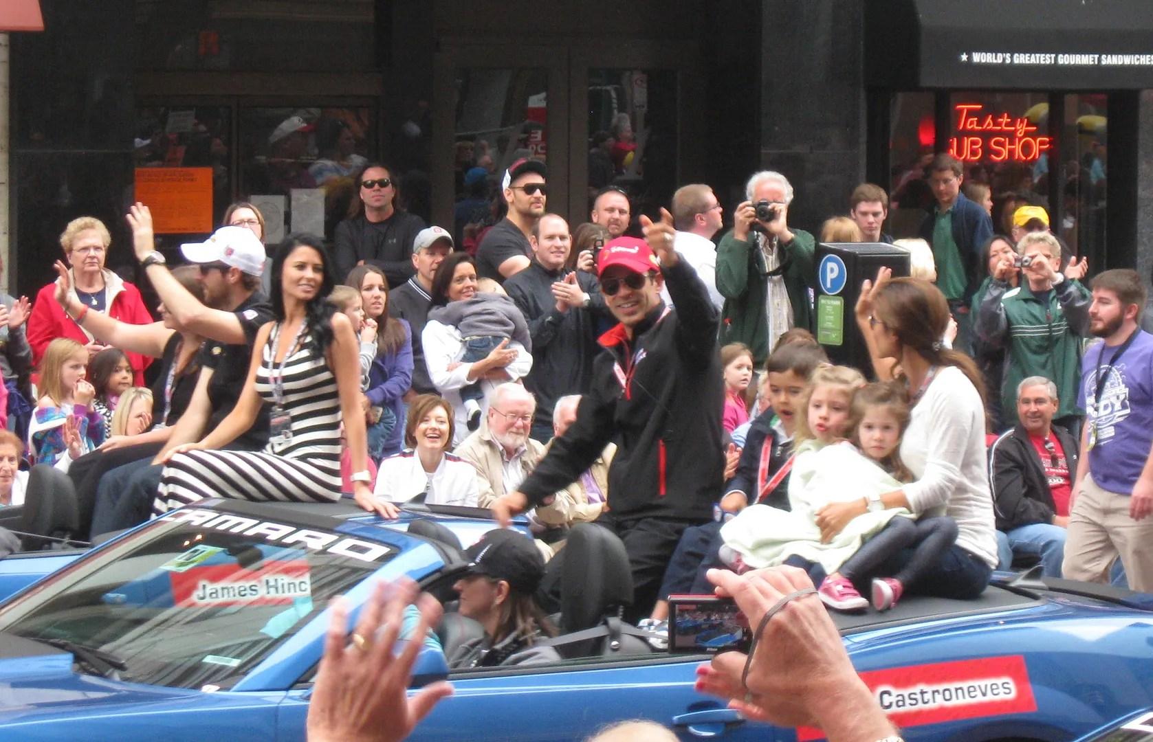 Helio Castroneves, James Hinchcliffe, Indianapolis, 500, 500 Festival Parade, Indianapolis, 2013