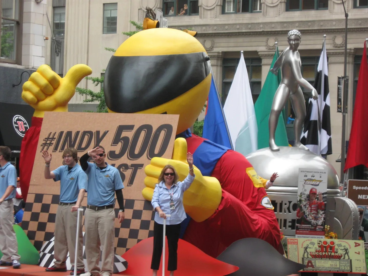 auto racing float, 500 Festival Parade 2013, Indianapolis