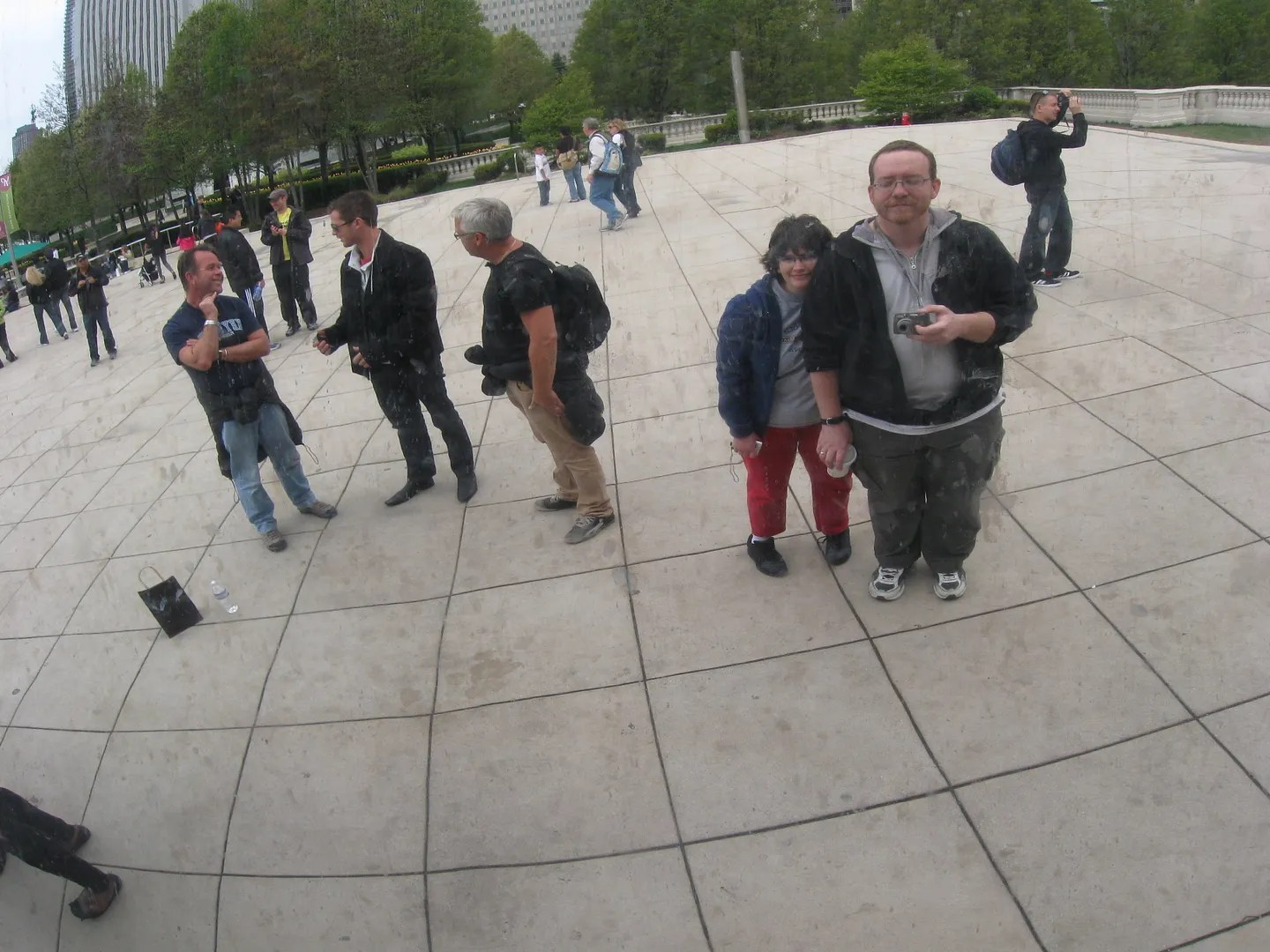 cute couple. Cloud Gate, Millennium Park, Chicago
