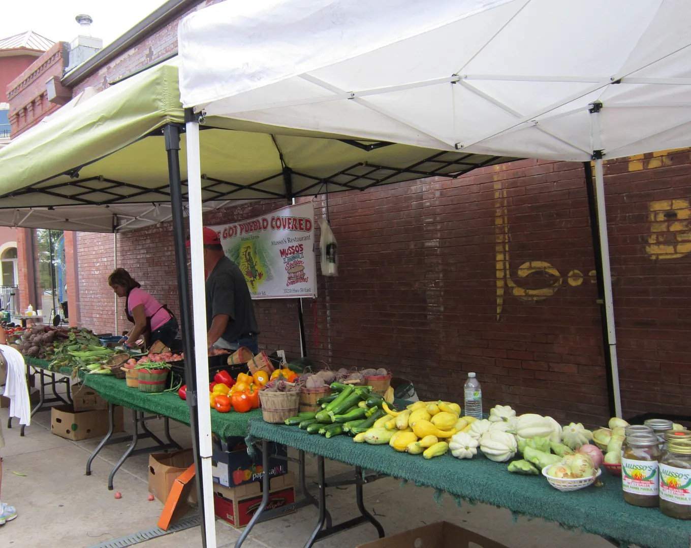 Pueblo Riverwalk farmers' market, Colorado