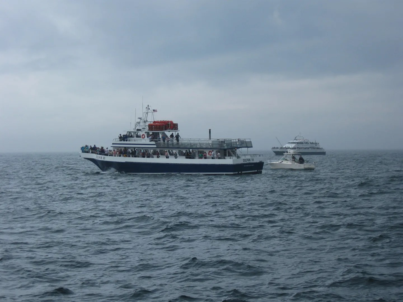 Atlantic Ocean horizon, boating