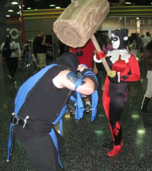 Sub-Zero learns not to mess with Harley's puddin'.