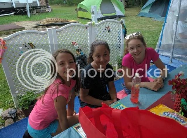 photo CG other kids_zpswyoxb1xk.jpg