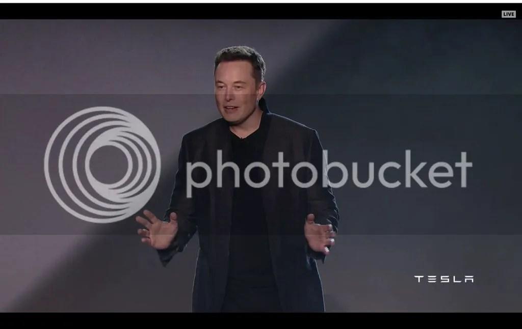 photo Elon Musk Tesla Model 3.jpg