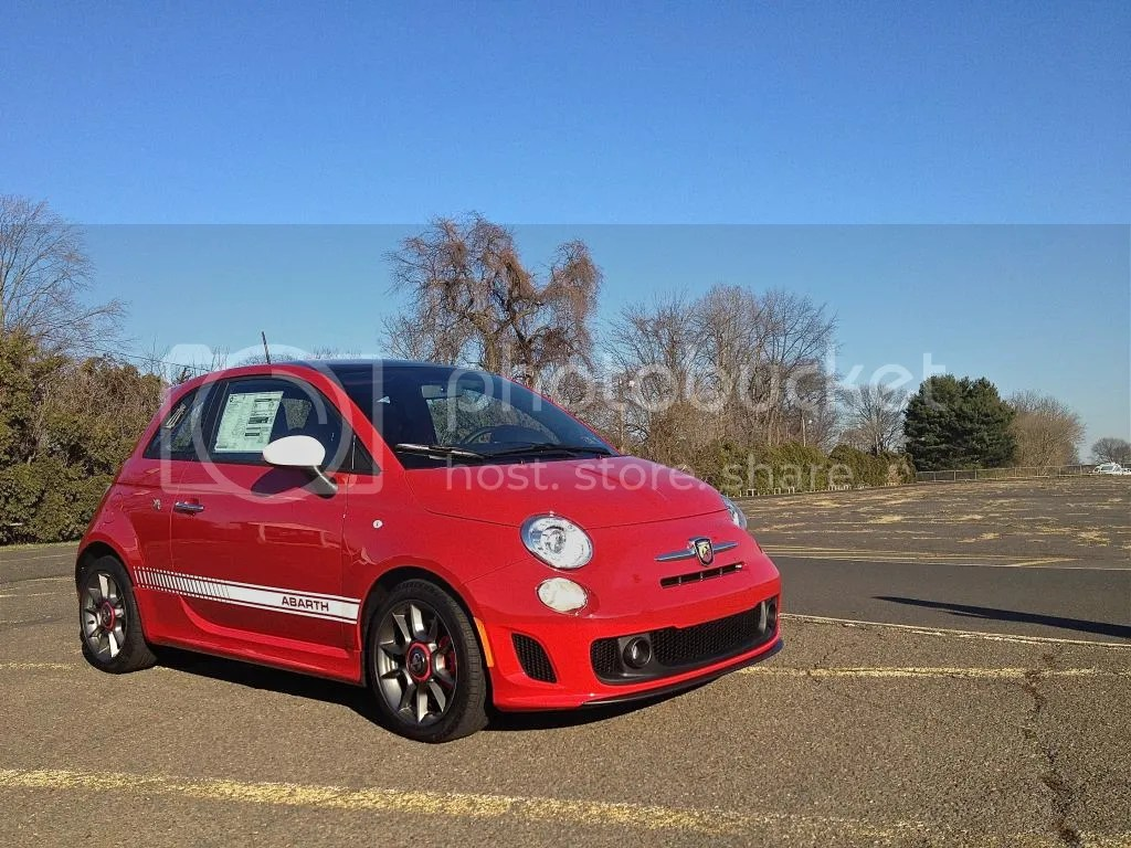 Fiat 500 Abarth reviewed by Mind Over Motor