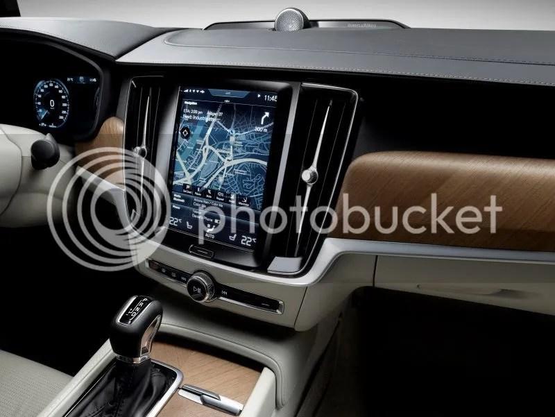 photo Volvo V90 Wagon 6.jpg