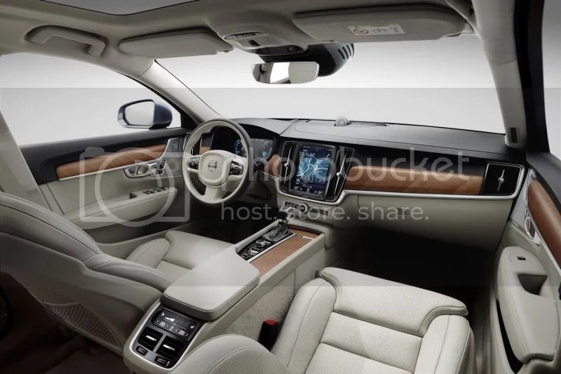 photo Volvo V90 Wagon 7.jpg