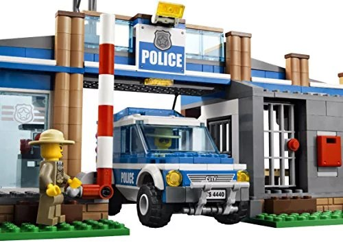 Lego Police Station City Rescue Car Edible Cake Topper Frosting Image 1 4 Sheet Birthday Party Abpid05453 Walmart Com Walmart Com