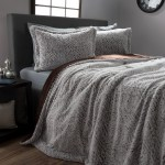 Faux Fur Comforter Set 3 Piece Full Queen Comforter And Sham Set With Mink Faux Fur By Somerset Home A Full Queen Size Grey Chocolate Black Walmart Com Walmart Com