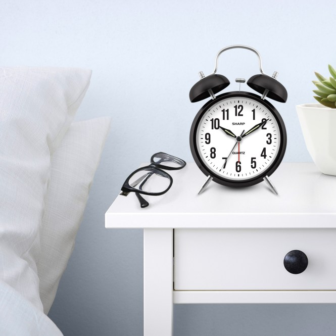 Twin Bell Quartz Og Alarm Clock