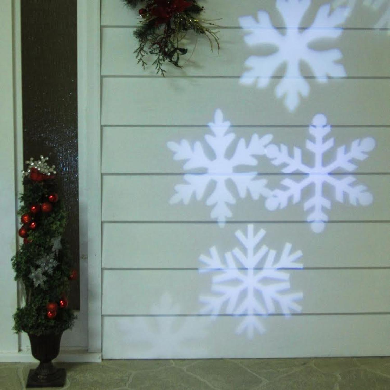 Outdoor LED Snowflake Christmas Light Projector With
