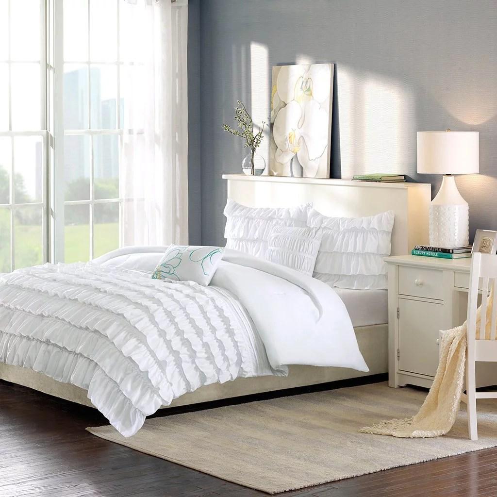id10 019 waterfall comforter set set includes 1 comforter 1 standard sham 2 decorative pillows by intelligent design walmart com