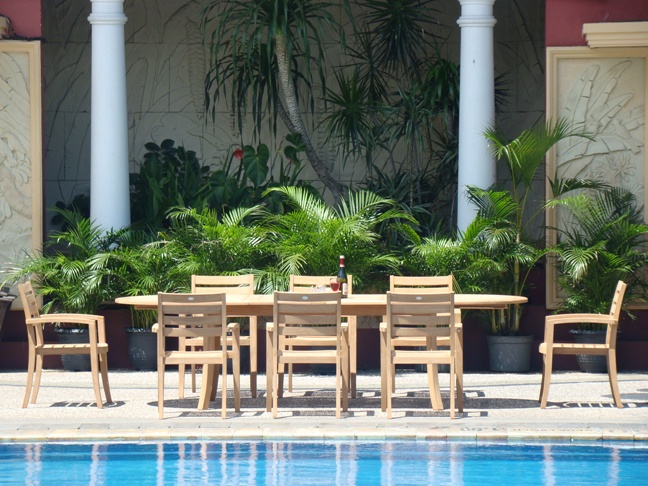 Teak Dining Set:8 Seater 9 Pc