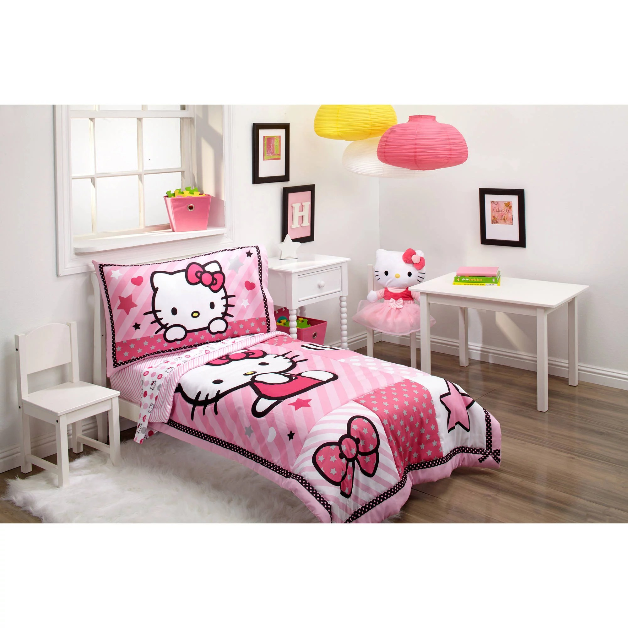Hello Kitty Sweetheart 3 Piece Toddler Bedding Set With