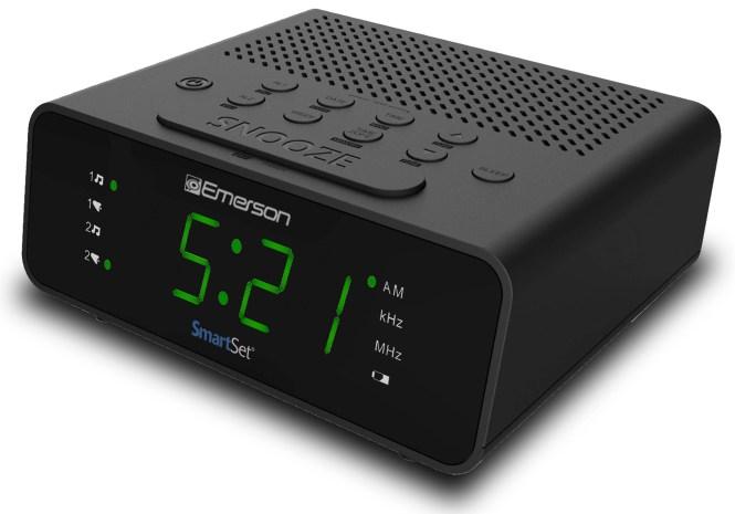 Emerson Smartset Alarm Clock Radio With
