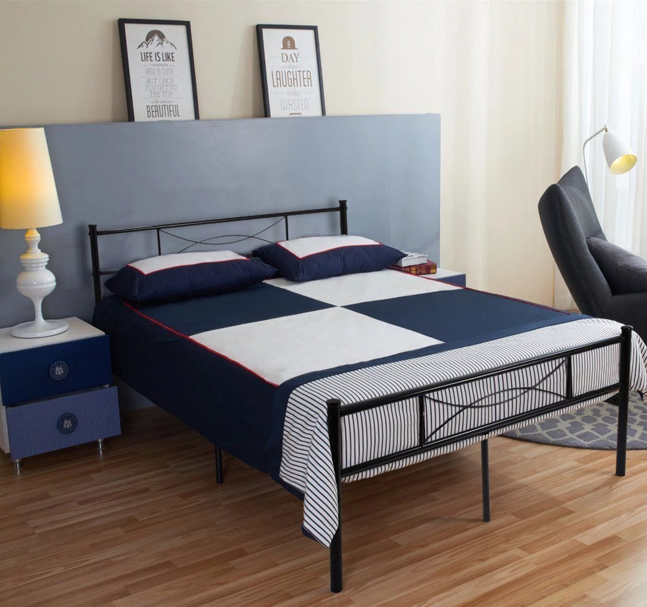 Queen Size Metal Bed Frame Bedroom Mattress Platform