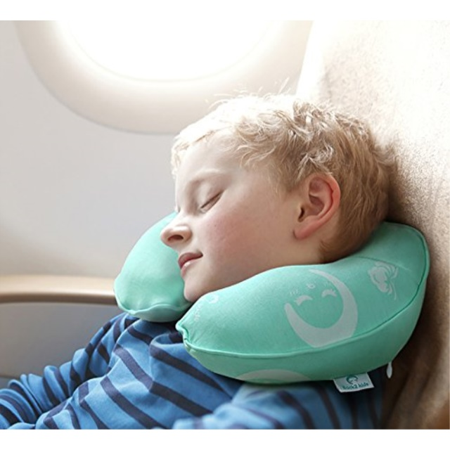 restcloud kids travel neck pillow for airplane head and neck support travel pillow for kids age 3 to 12 green