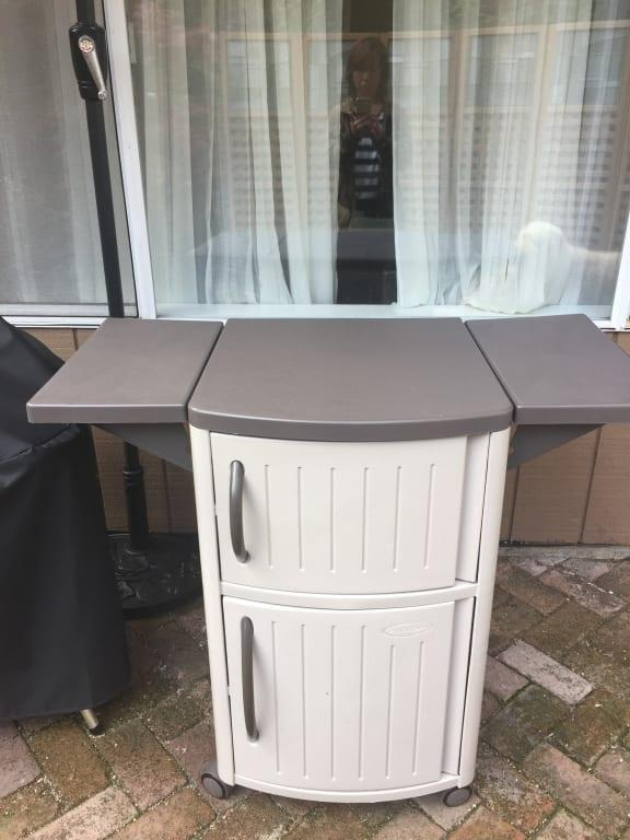 suncast outdoor patio resin serving station with cabinets light taupe