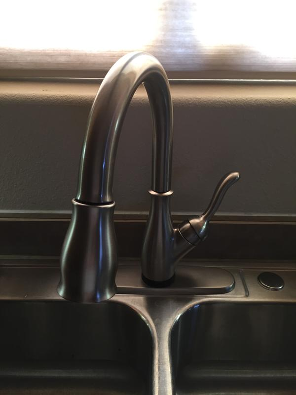 delta leland single handle pull down kitchen faucet with touch2oa and shieldspraya technologies in chrome 9178t dst