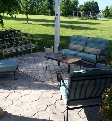 hanover oceana 6 piece patio set in ocean blue with a stone top coffee table