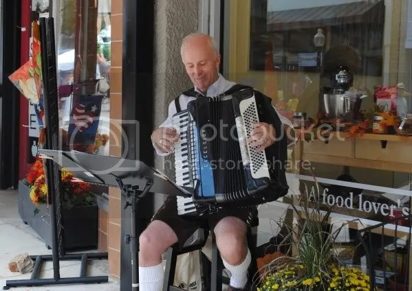 Accordion Player on Louisiana Street
