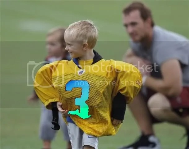 Ty Beck, son of Washington backup QB John Beck, is way too cute to not use in this post.  Sorry actual NFL #3s!