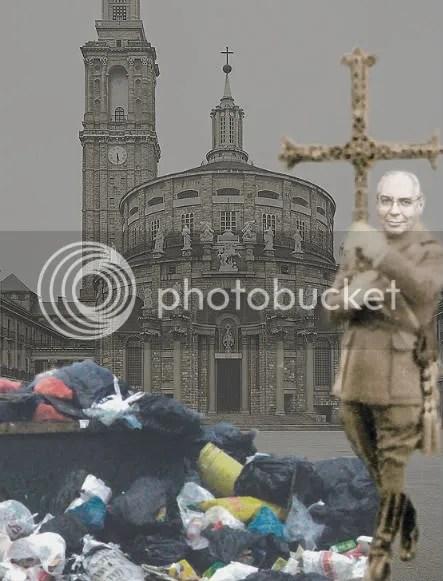 Vicente Álvarez Areces inaugura una exposición sobre reciclaje de basuras en LABoral, rodeado de simbolos franquistas
