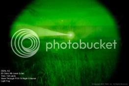 DBAL-A2 Láser IR Clase IIIb en posición de baja potencia. Árbol a 140 metros visto a través de un PVS-14 Night Enforcer con algo de niebla.