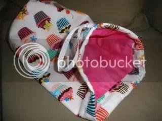 Cuppycake Bag!!! Pink lining...oooo!