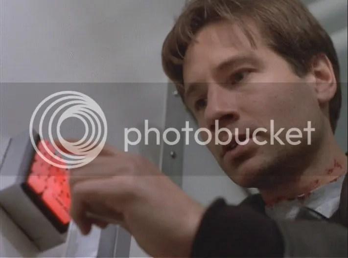 ¡Vamos Mulder!, no ha de ser tan dificil, debe ser un 1013, 1121, o un número de esos con los que misteriosamente siempre te encuentras