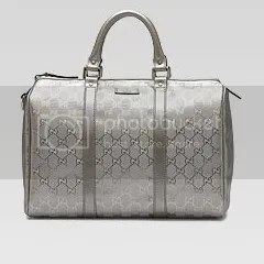 Gucci - Joy Boston bag in silver.
