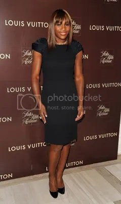 Serena Williams @ Louis Vuitton Resort 2010 Preview