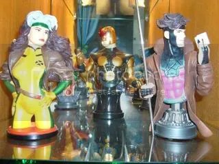gambit and rogue bust up front