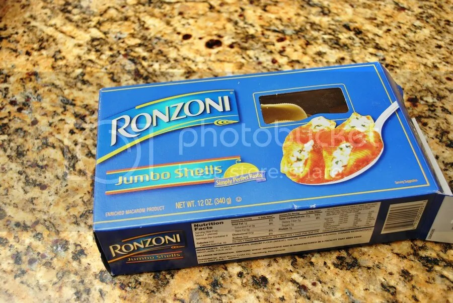 dried pasta shells