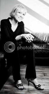 Stevie Holland, photo by Tom LeGoff