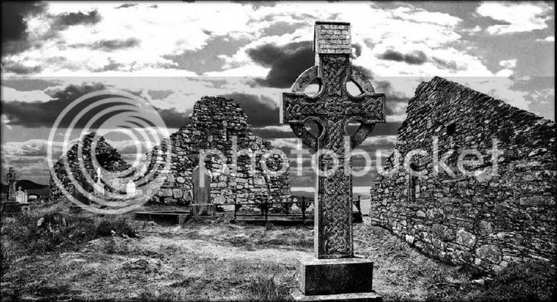 RUINS photo: Celtic Ruins CelticCrossRuins.jpg