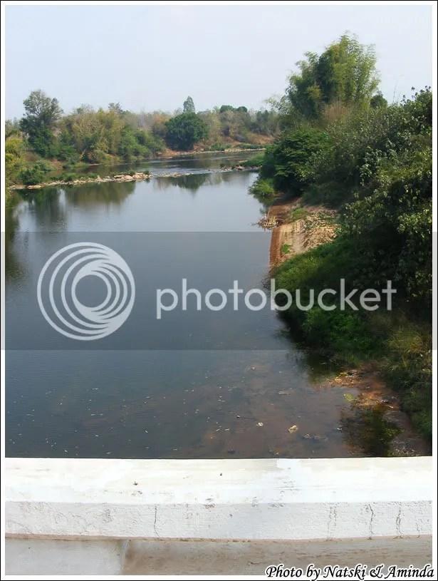 แม่น้ำเหืองที่ ด่านชายแดนแม่น้ำเหือง บ้านนากระเซ็ง